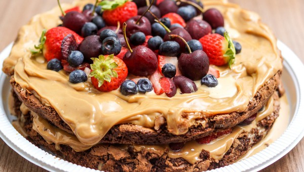 How to host a charity bake off